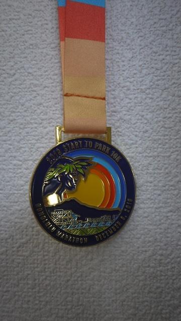 マラソン 10Kランウォークメダル.jpg